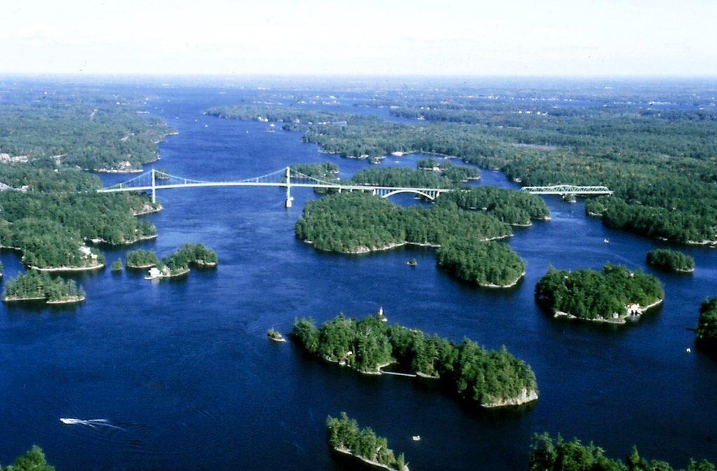 Top Croisière vers le Canada | Croisiere-voyage.com : toutes les infos  RS68